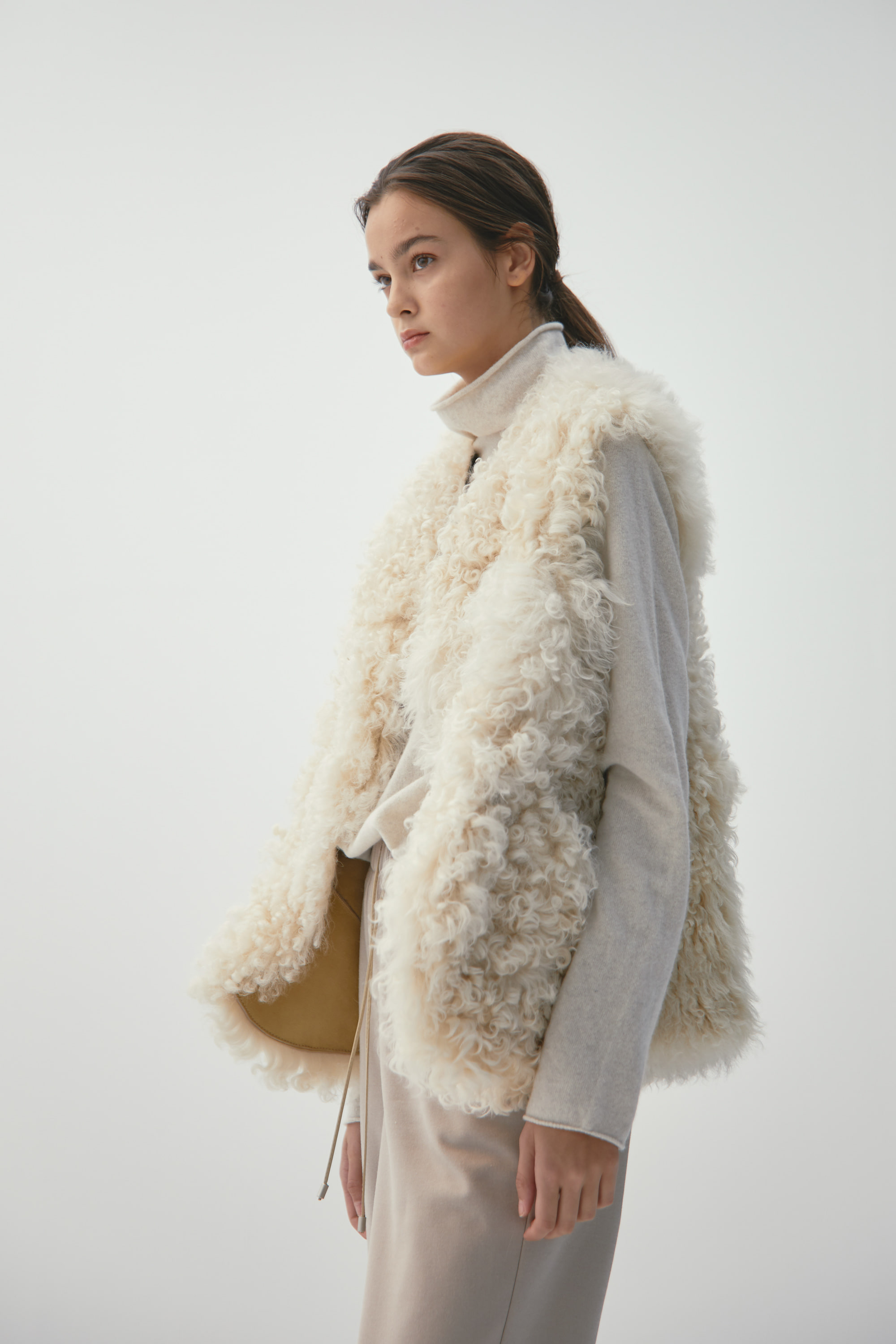 SHEEP FUR VEST / O94VTA001