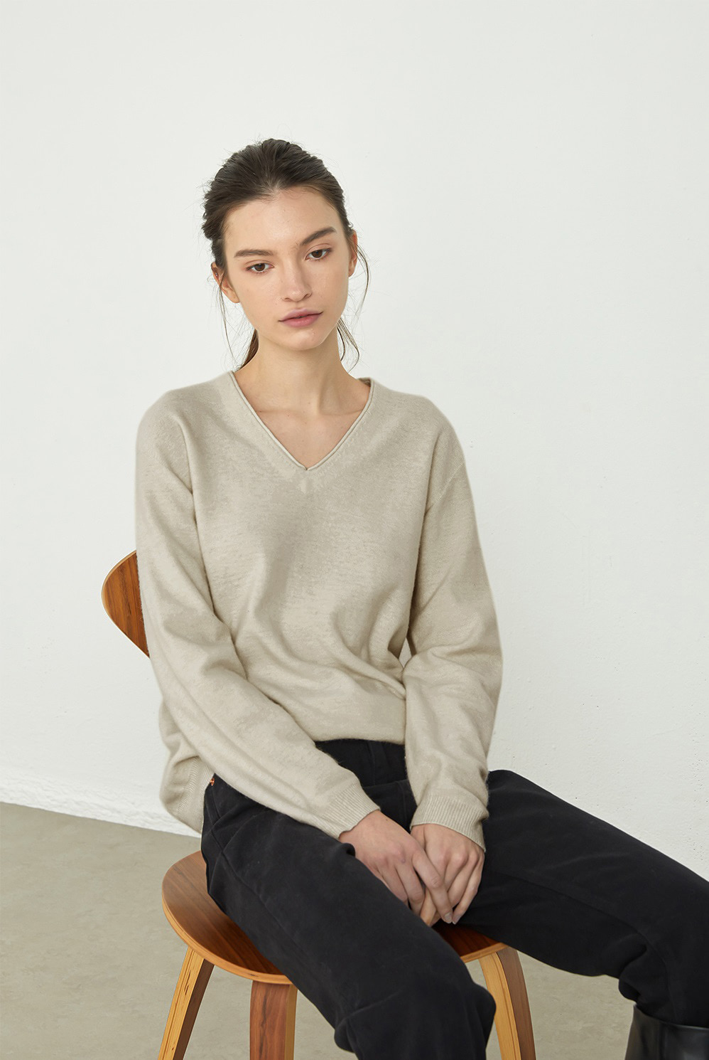 V NECK WHOLEGARMENT KNIT