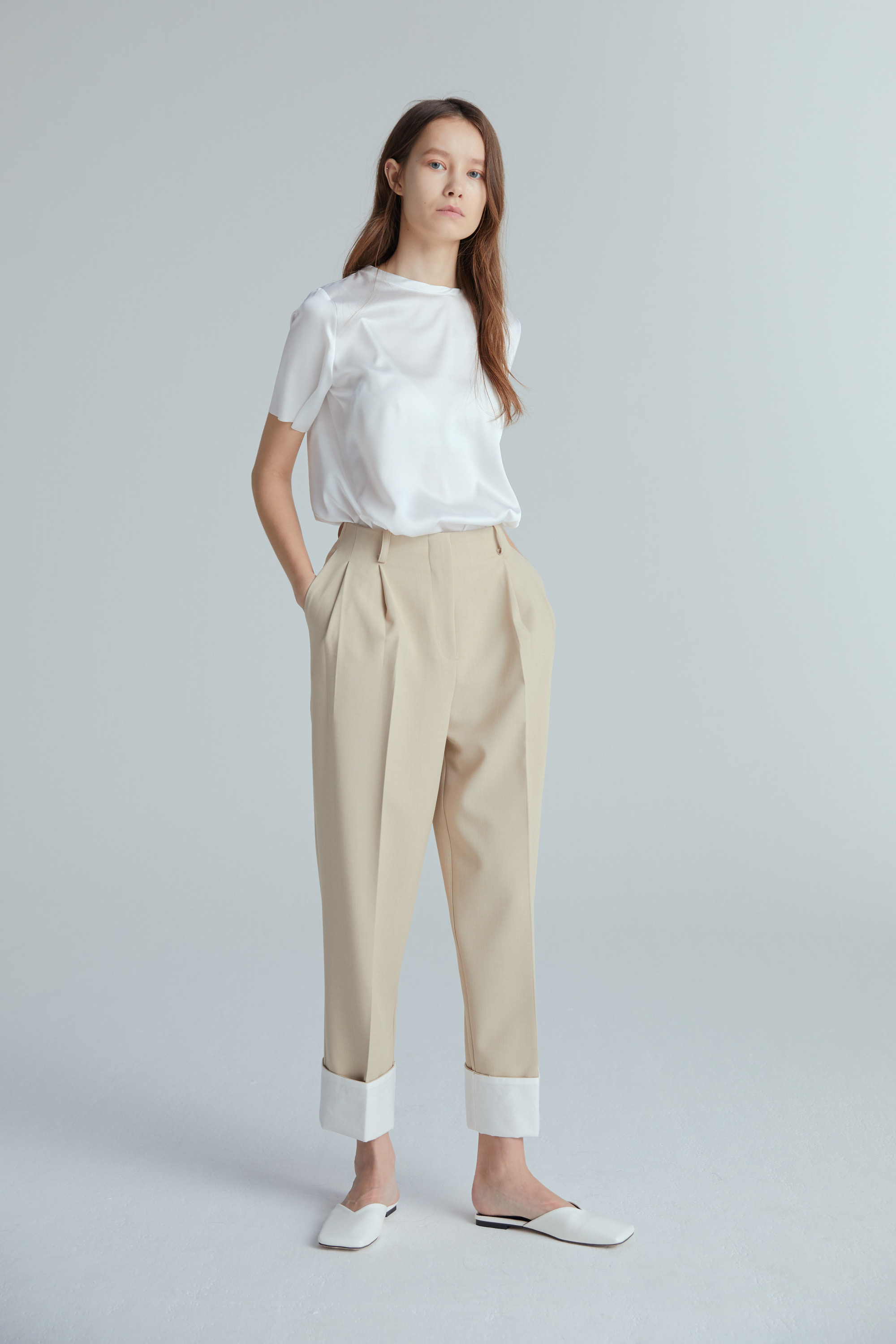 ROLL UP PANTS (LIGHT BEIGE)